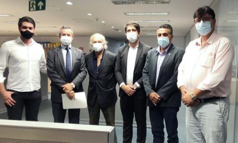 Reunião discute permanência de atendimento a pacientes cardíacos no Hospital Santa Lúcia